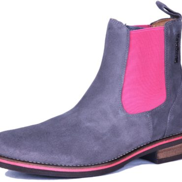 Without pink in the sole of the boot.